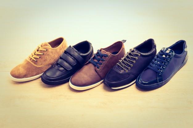 Παπούτσια διάφορα στη σειρά