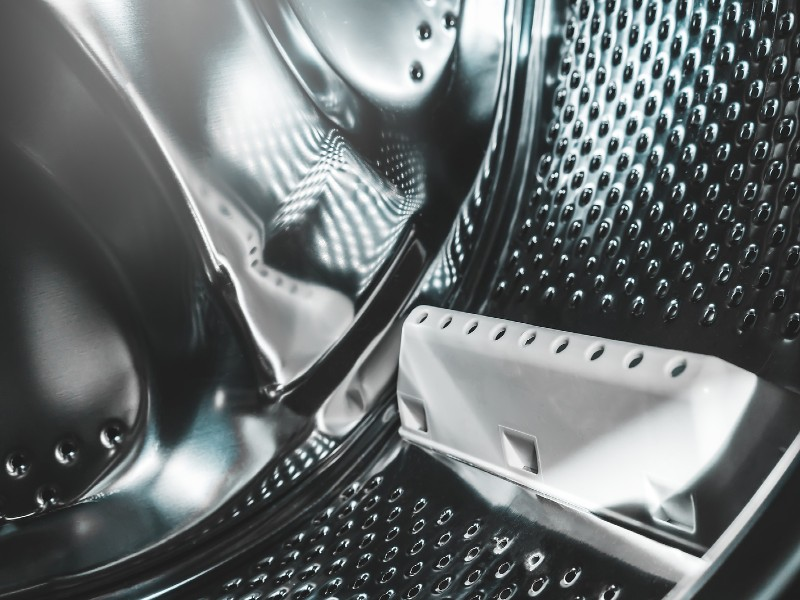 Εσωτερικό άδειου κάδου πλυντηρίου